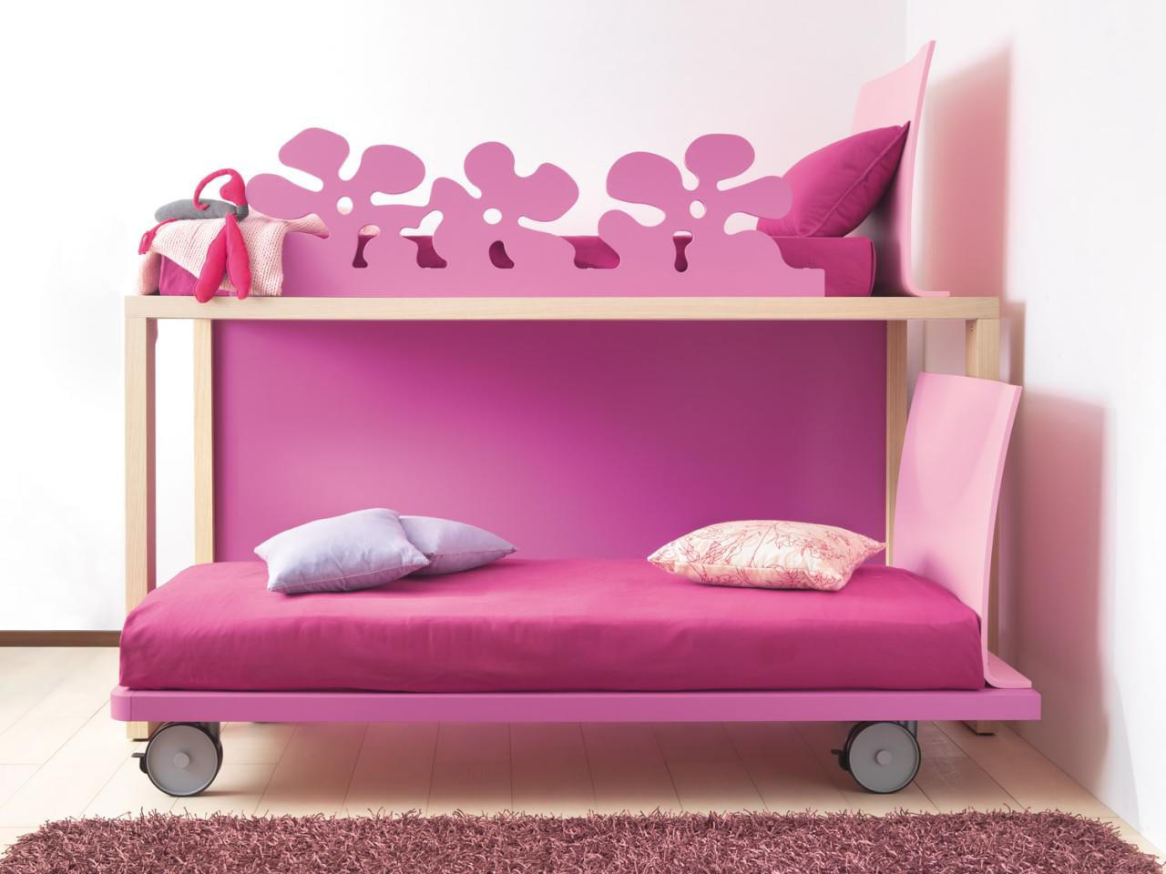 Cool Loft Beds for Girls pictures 2 girls_bunk_beds_letti_castello