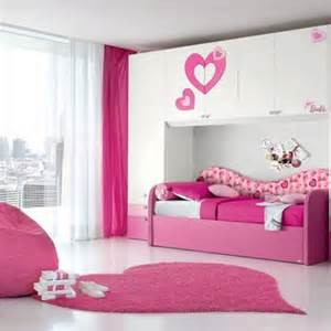 Grayed Pale Pink color scheme small bedroom design images 5