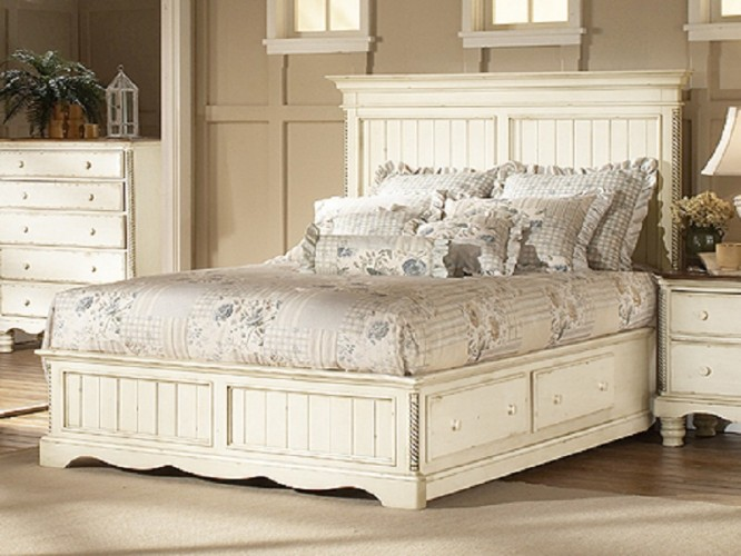 White bedroom furniture ideas for a modern bedroom antique white