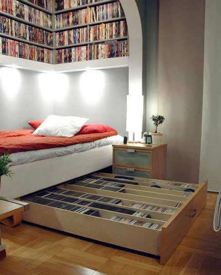 Small bedroom decorating ideas pinterest small room for Small bedroom decorating ideas pinterest