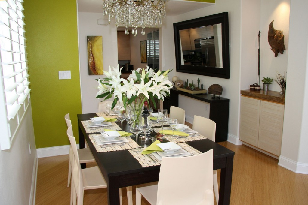 small dining room with sideboard decoration image 7