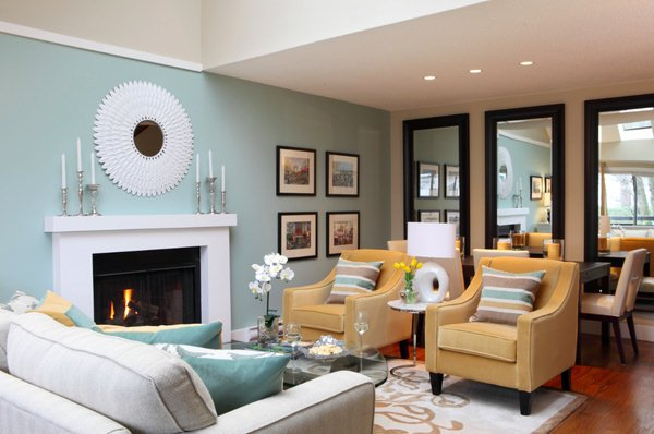 SmallLiving Room Decorating-Ideas with Fireplace images 008 jpeg