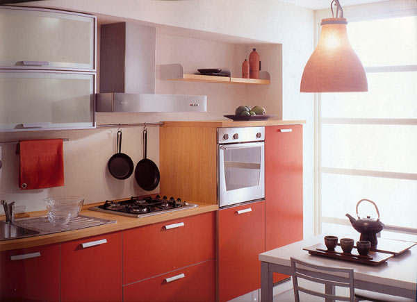 Small red kitchen ideas for Red kitchen paint ideas