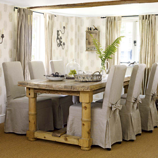 small dining room table decorating ideas image 012