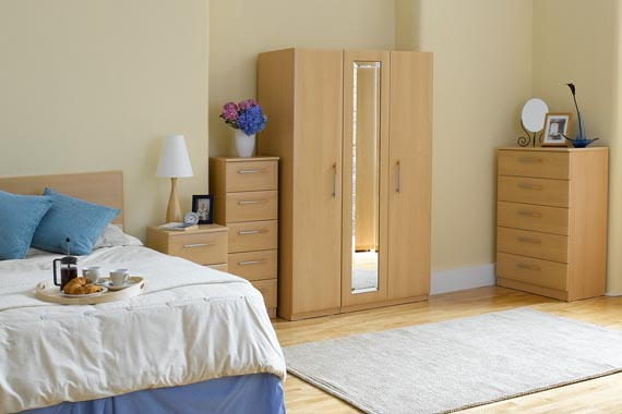 natural bedroom furniture with small wooden wardrobe picture 011