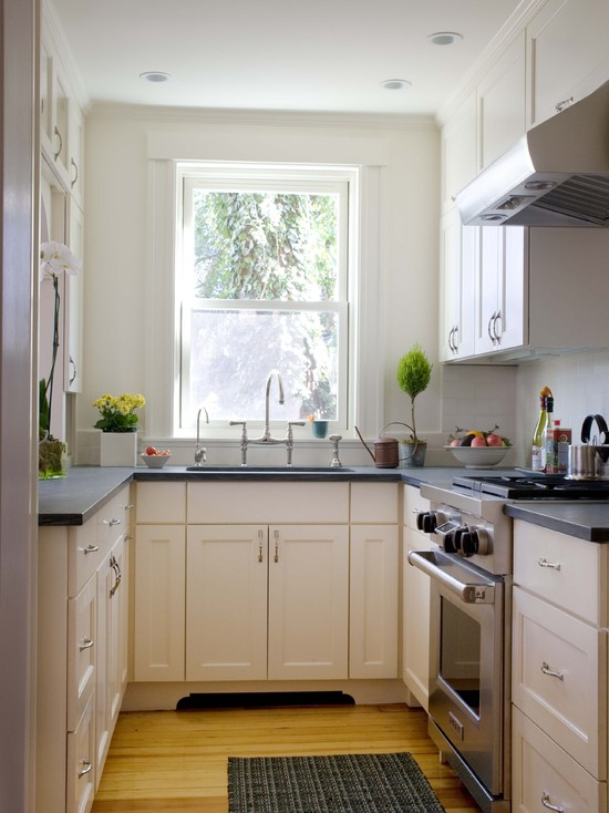 Small kitchen design strategy small kitchen design for Small kitchen solutions design