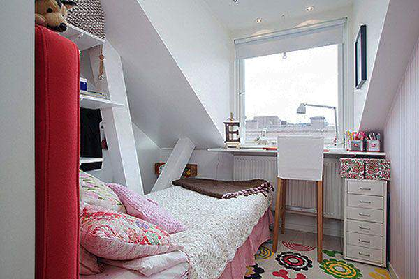 Small Bedroom Decorating Inovation image 01