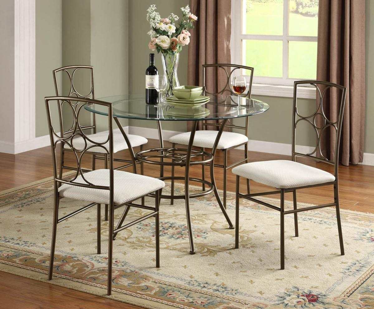 Small round dining tables ideas for small spaces 06 for Small dining room tables