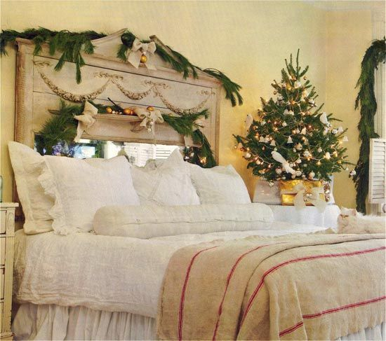 beautiful christmas decorations for small bedroom ideas pic 06