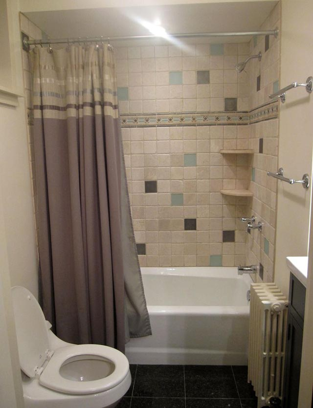 Small bathroom remodeling with toilet design ideas images for Design my bathroom remodel