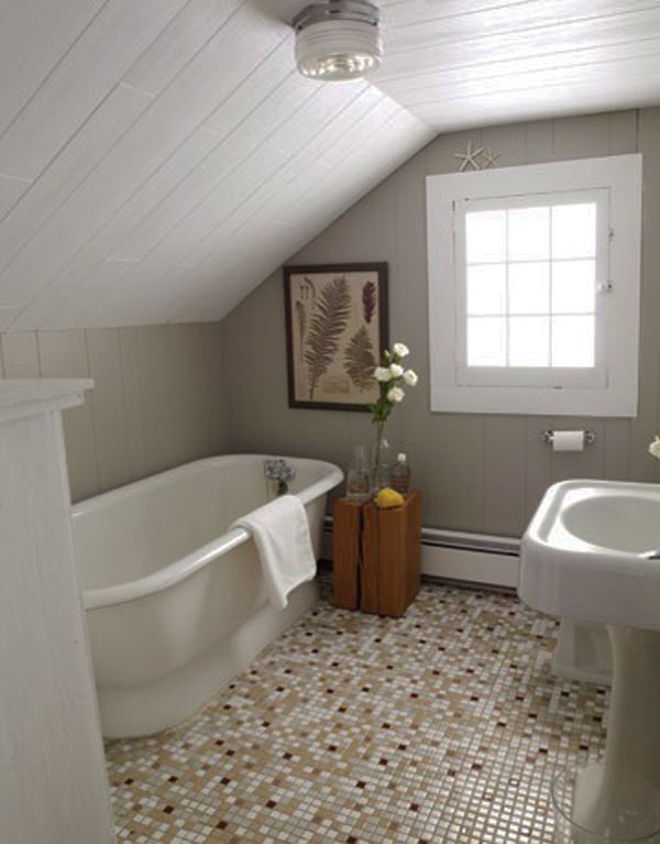 Small bathroom design tips a very small bathroom for Makeovers for small bathrooms