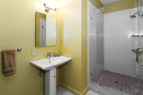 Http Initik Us Simple Bathroom Design Ideas Simple Bathroom Designs For Small Spaces Picture 010