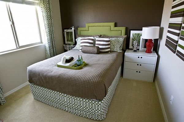 Very small master bedroom decorating ideas photos 010 Very small master bedroom decorating ideas