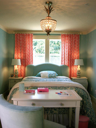 Super simple small master bedroom decorating ideas photos - Tiny master bedroom ideas ...