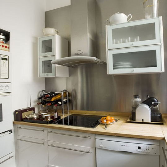 Nice small kitchen remodel ideas on a budget 01 small for Nice small kitchen designs