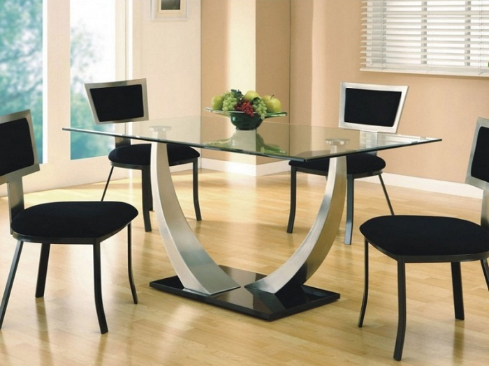 Tips dining room furniture for small spaces beautiful for Unique dining tables for small spaces