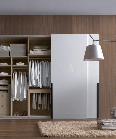 Built in wardrobe designs for bedroom images 05 for Wardrobe ideas for small rooms
