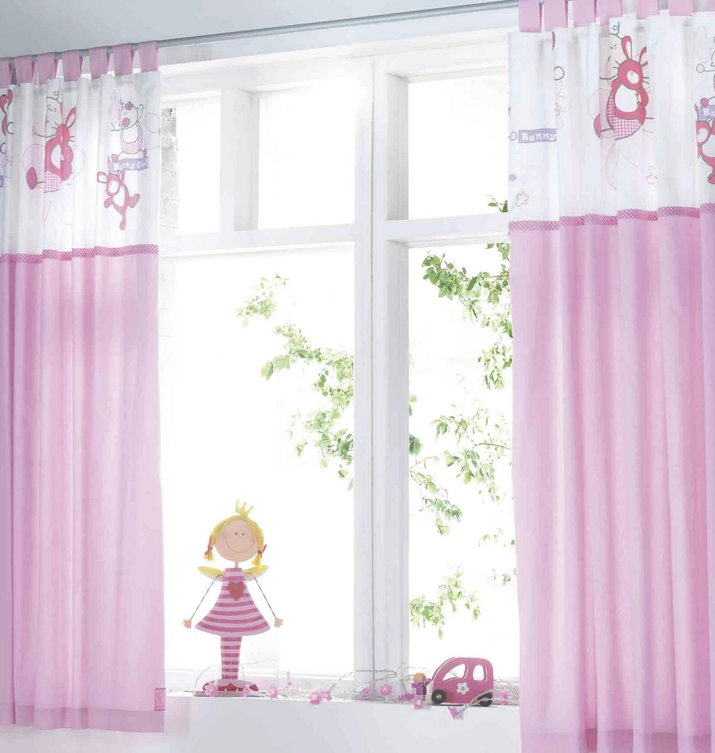 Pink short bedroom window curtains for teenagers girls for Curtains for the bedroom ideas