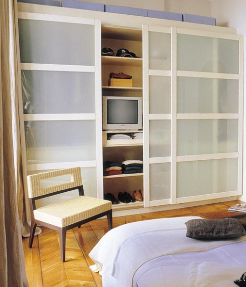 Storage solutions for small bedrooms unique small bedroom for Unique small bedroom ideas