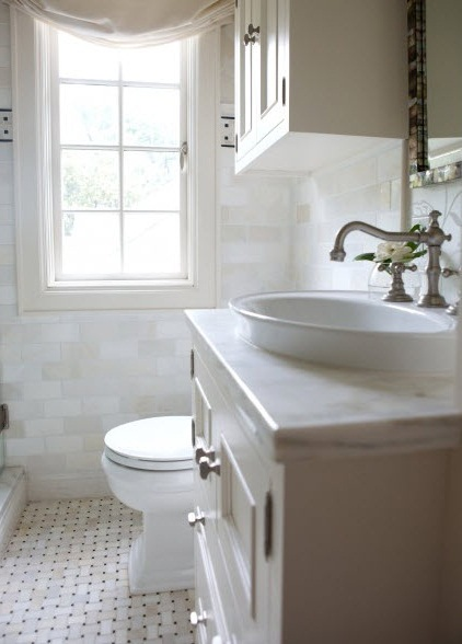 White remodeling small bathroom on a budget pic 02 small for Remodeling your bathroom on a budget