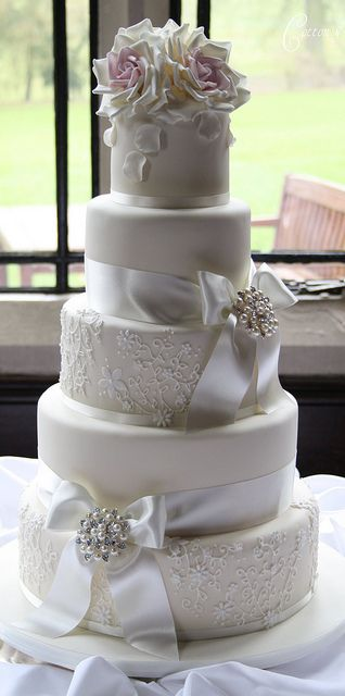 simple wedding cake decorations pictures 04