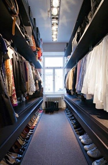 Awesome Small Walk in Closet Organization Lots of Hanging Space