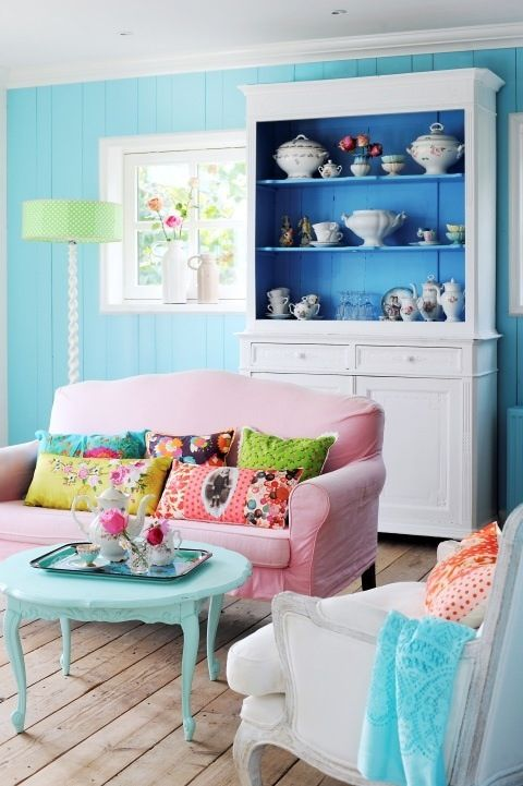Colorful paint colors for living rooms pictures