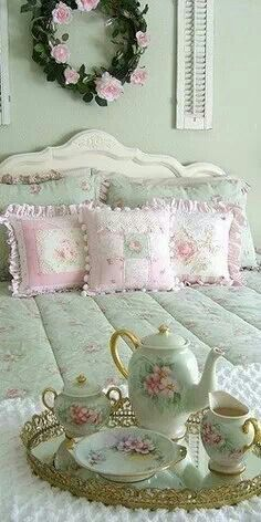Cute Shabby Chic Bedroom Ideas Pale Pink and Green Photos 017