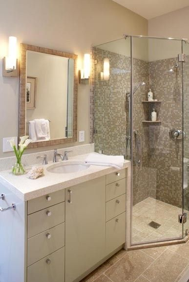 Small Bathroom Remodeling Design for Teenager or kids bathroom
