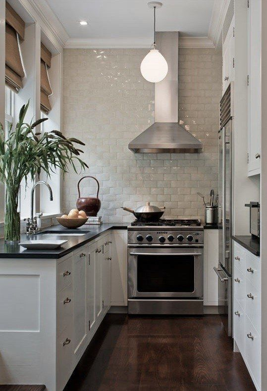 Small Kitchen Designs Ideas Blends Both Traditional and Modern Elements