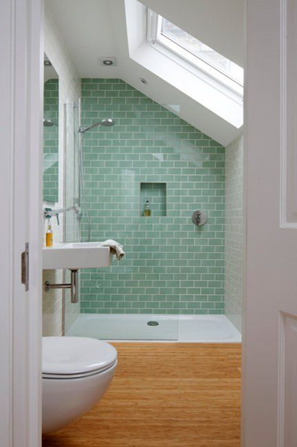 Small bathroom remodeling with a great tile effect