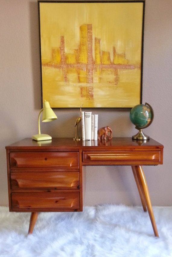 Stylish Mid Century Modern Vintage 1950's Franklin Shockey