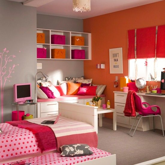 Teenage Girl Bedroom Colors Vibrant girl's bedroom designs