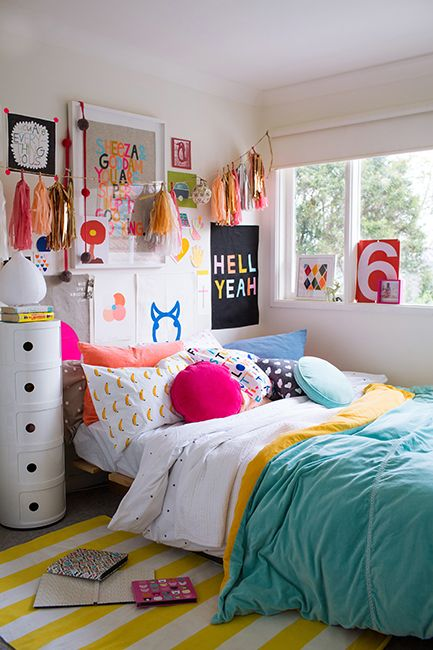 Teenage girl bedroom colors super colorful bedroom makes it easier to get out of bed - Girl colors for bedrooms ...