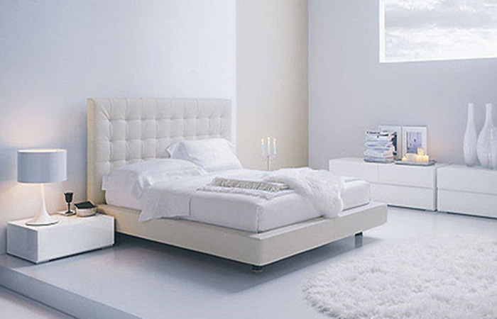 White bedroom furniture make enhance your bedroom small for Modern minimalist bedroom furniture