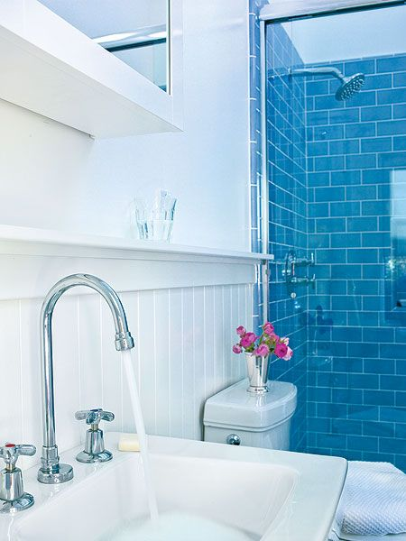Ice blue glass subway tile images for Small blue bathroom ideas