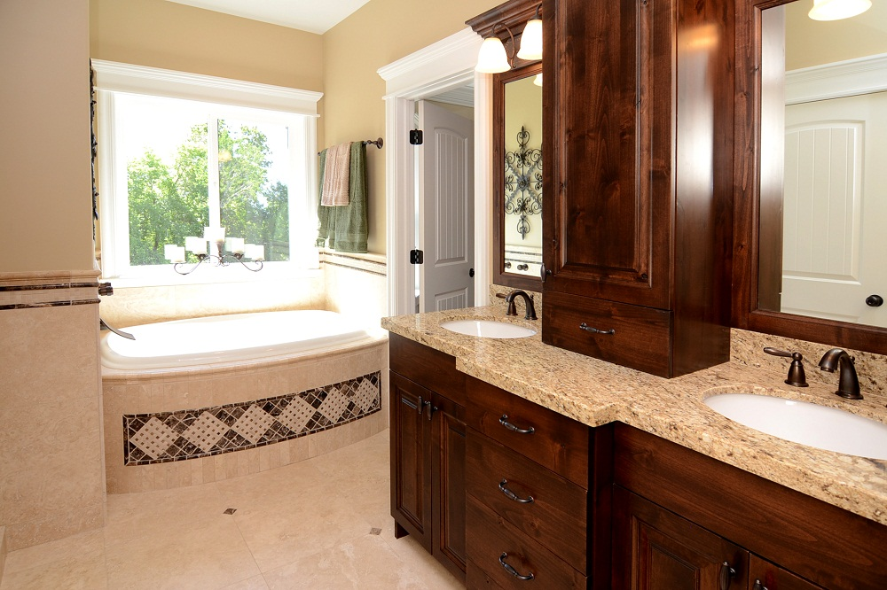 Amazing Bathroom Remodeling Ideas For Small Master Bathrooms Ideas Pictures 05