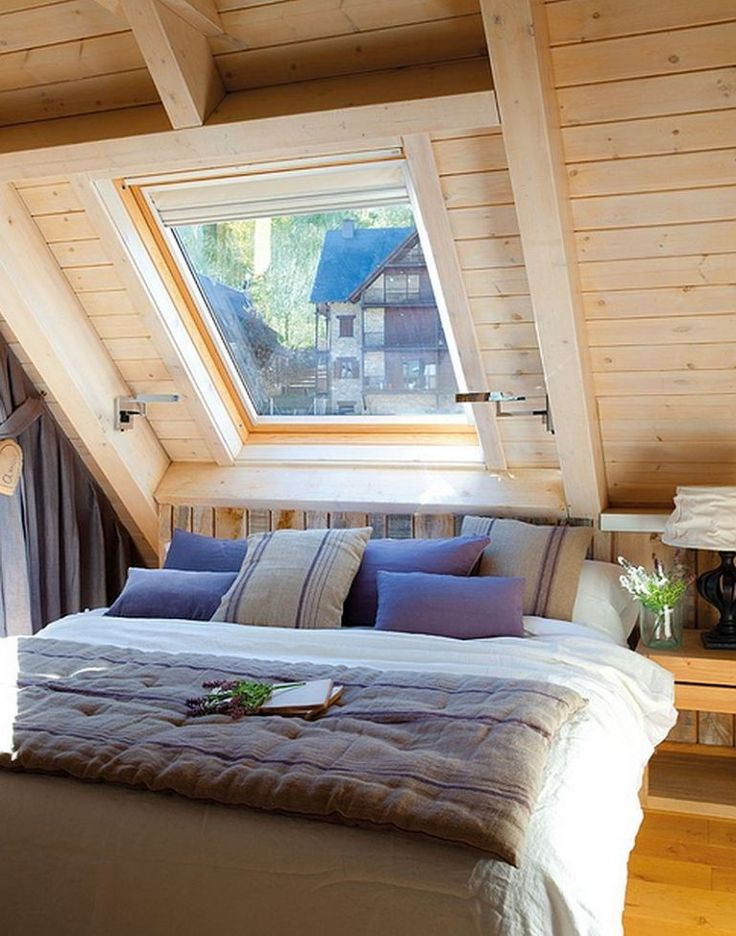 24 small attic bedroom decorating ideas good converting for Small attic bedroom designs