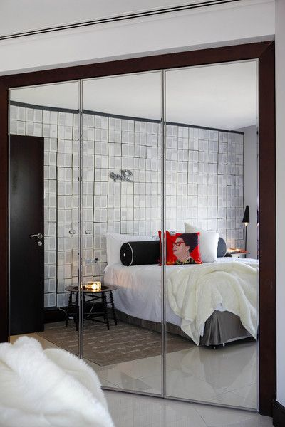 Mirrored Sliding Wardrobe Doors Pic