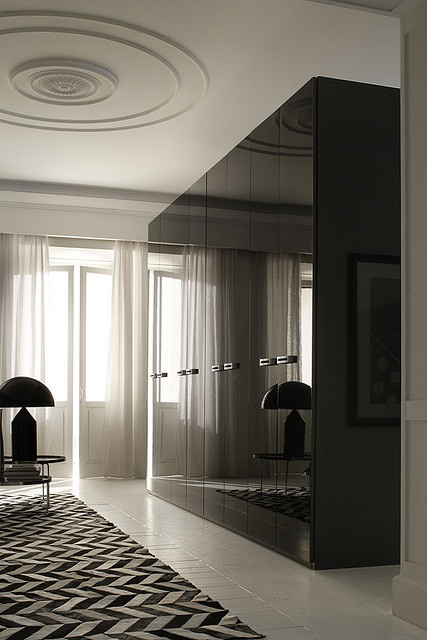 Modern Black Sliding Mirror Wardrobe Doors