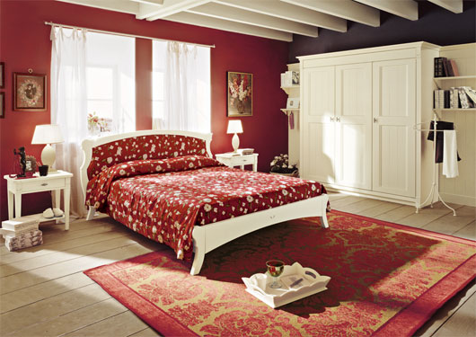 English Country Style Bedroom Furniture Red Wall Decor