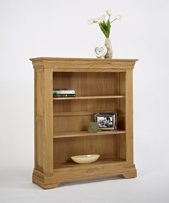 Small Oak Bookcase Pic