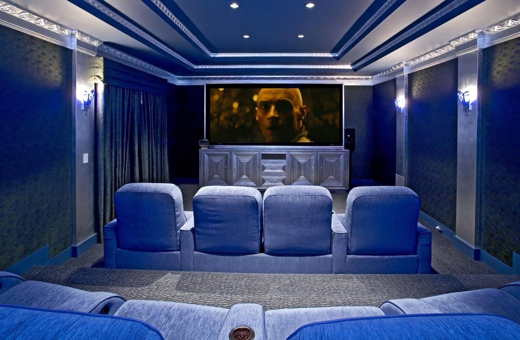 Fascinating small media room ideas movie room decor sets for Blue themed room