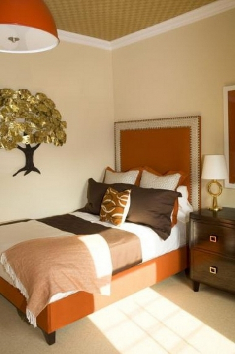 Small bedroom paint color schemes small room decorating ideas - Bed design for small space gallery ...