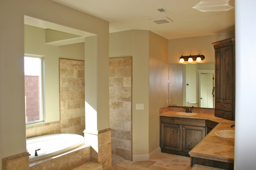 Bathroom flooring ideas for small bathrooms small room for Main floor bathroom ideas
