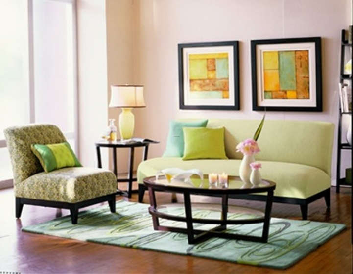 Best wall color for small living room for Colour binations for small living rooms