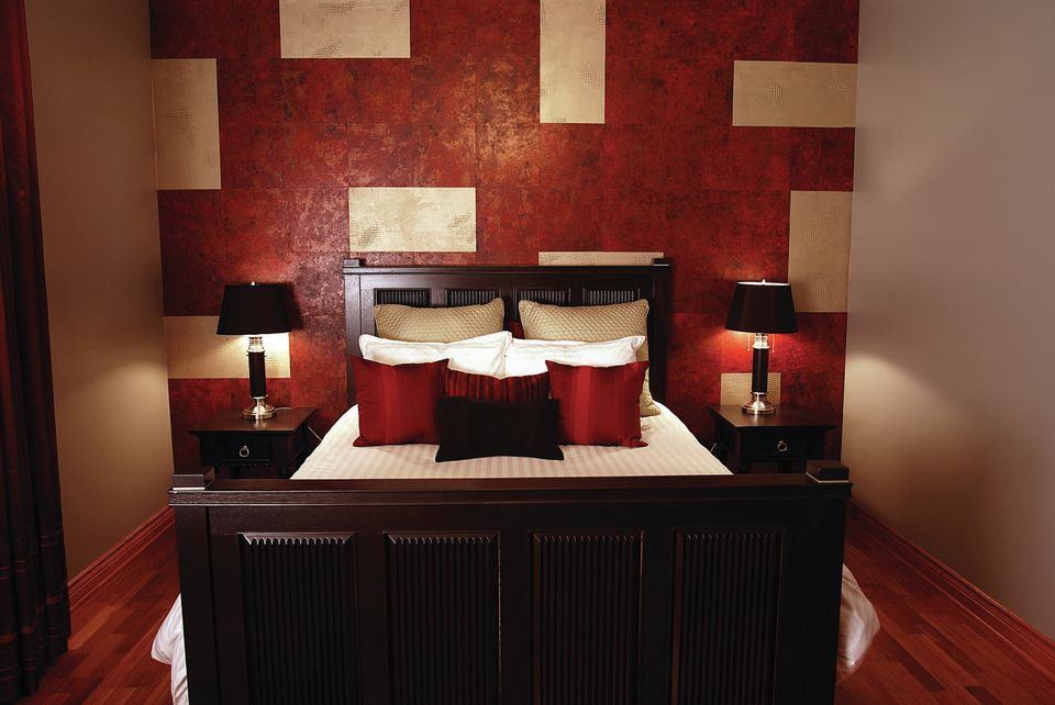 Luxury Small Bedroom Painting Ideas Pictures 06 Small Room Decorating Ideas