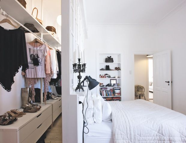Small Walk In Closet Ideas Organization Tips
