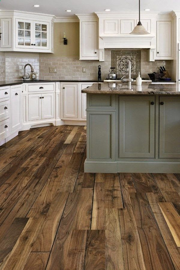 Hardwood VS Laminate Wood Flooring – What Should You Choose?