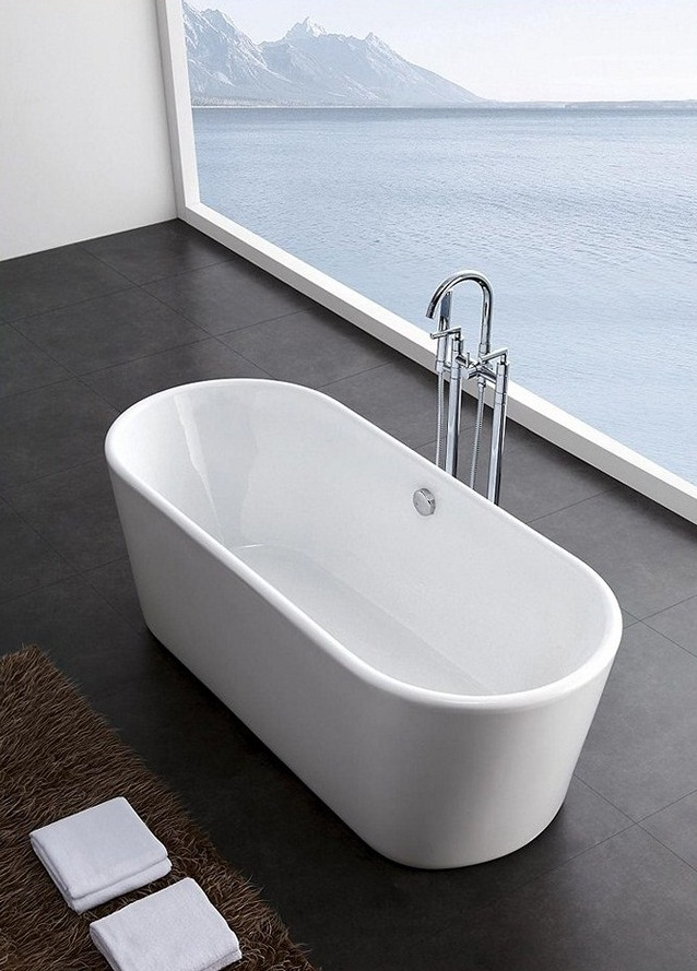Small Soaker Tub – Transform Your Bathroom